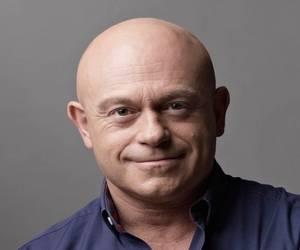 Ross Kemp bad ass bald guy out of 'Ross Kemp on Gangs'