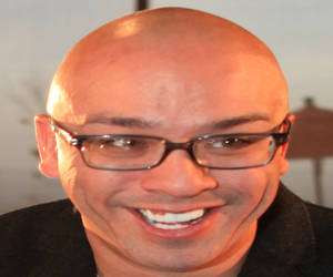 Jo Koy is a bald filipino American comedian