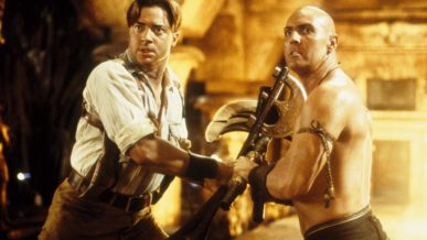 Arnold Vosloo scene from the mummy movie