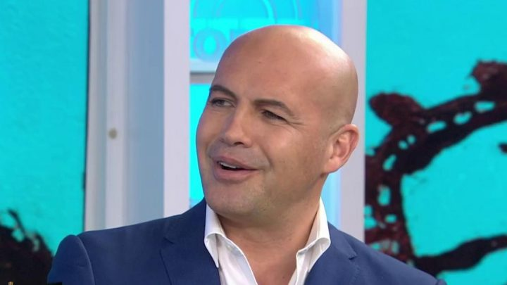 Billy Zane actor with receding hairline prefers to keep head shaved short