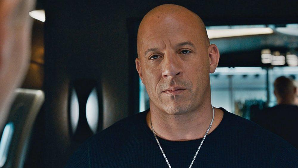 Vin Diesel black t-shirt silver chain