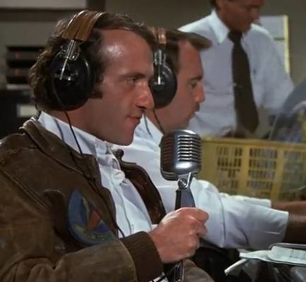 Jonathan Banks receding hairline in movie Airplane